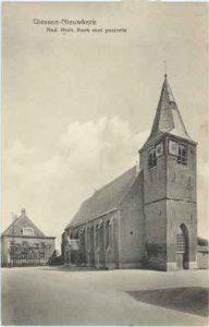 Ansichtkaart van de Hervormde Kerk te Giessenburg